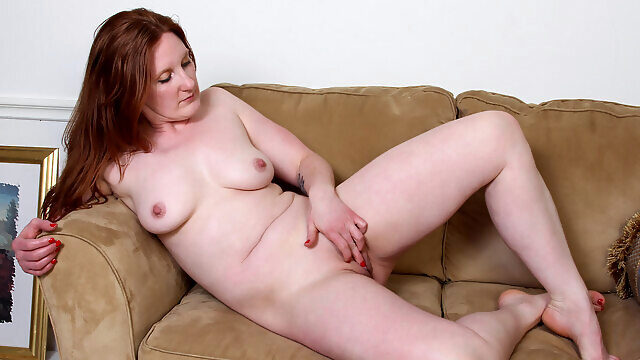 Aella Rae in Feeling Hot - Anilos big ass big tits masturbation